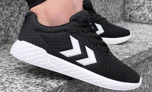 hummel Legend Breather Sneaker in 4 Farben für je 17,17€ + VSK (statt 26€)