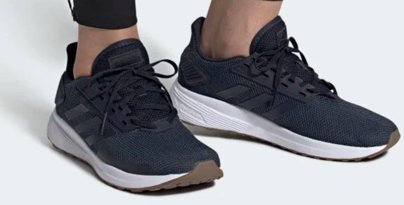 adidas Duramo 9 Laufschuh in Trace Blue für 26,91€ (statt 44€)