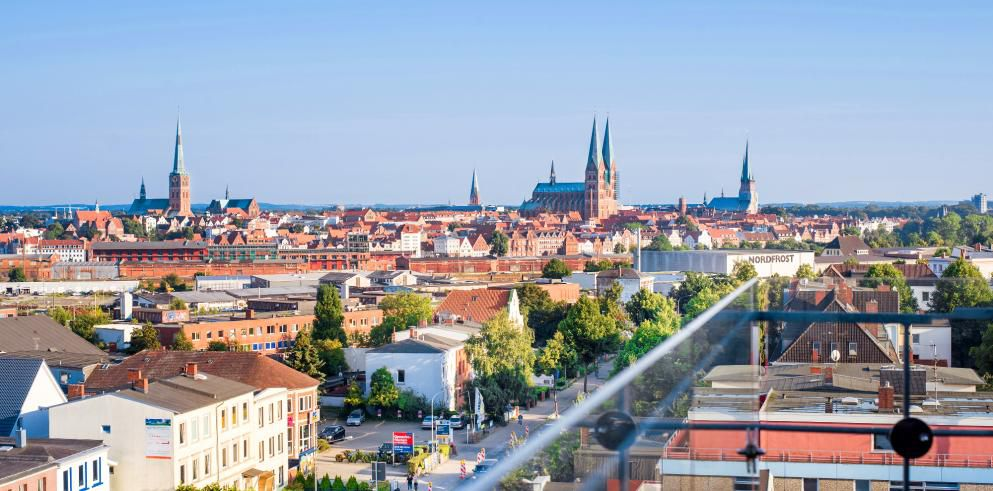 2 ÜN im 4* Hotel Vier Jahreszeiten in Lübeck inkl. Frühstück und Fingerfood ab 118,50€ p.P.