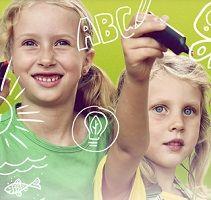 Kostenloser Familienkalender 2021 bei NaturEnergie bestellbar