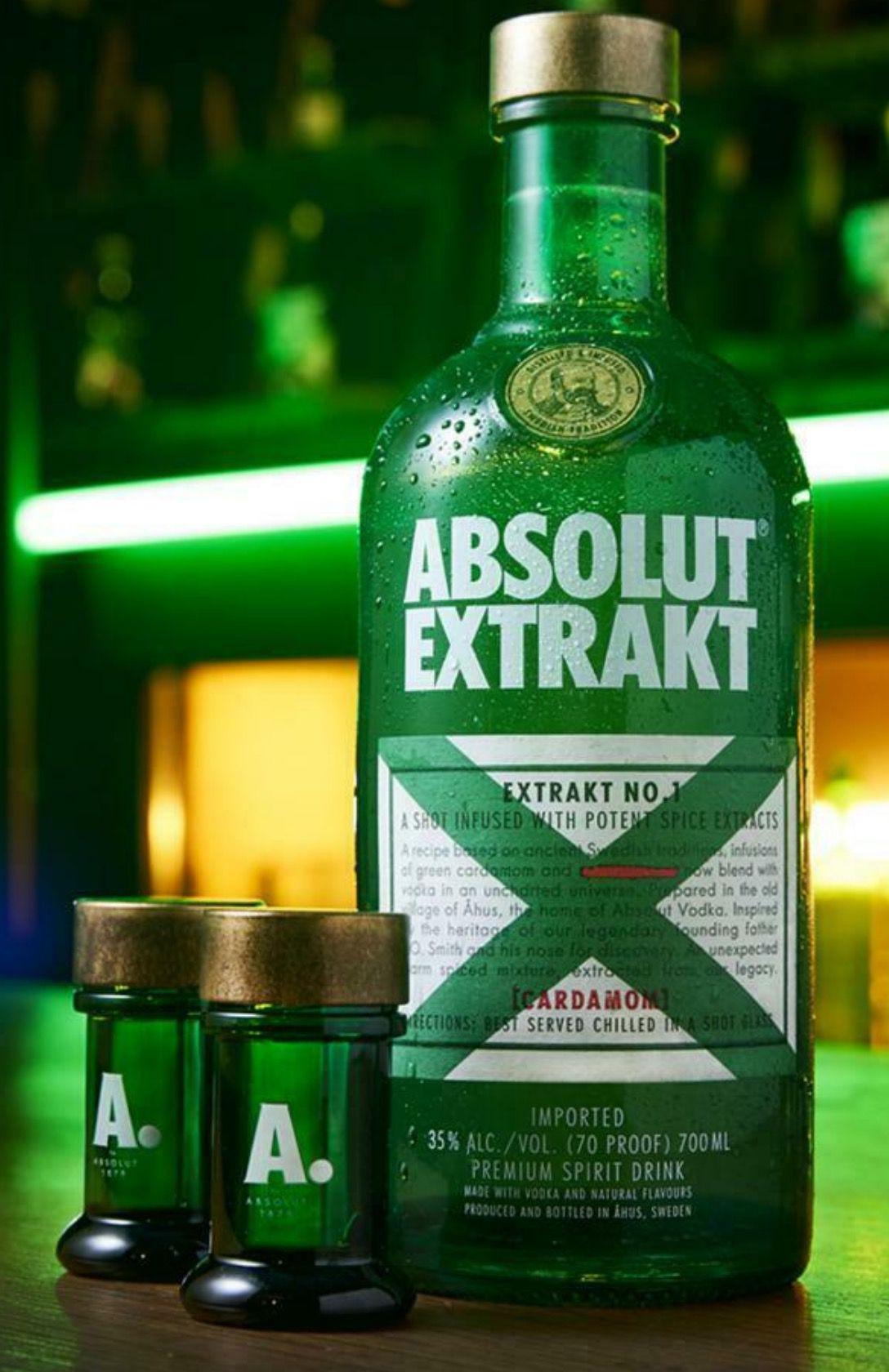 Absolut Vodka Extrakt in Geschenkverpackung mit 4 Shotgläsern für 25,99€ (statt 32€)