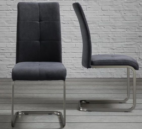 Schwingstuhl Lucie in Sandfarben oder Grau für je 27,93€ zzgl. VSK