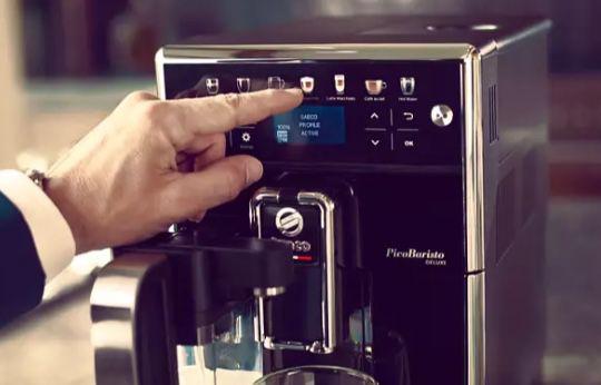 SAECO PicoBaristo Deluxe SM5570/10 Kaffeevollautomat für 529,99€ (statt 576€)
