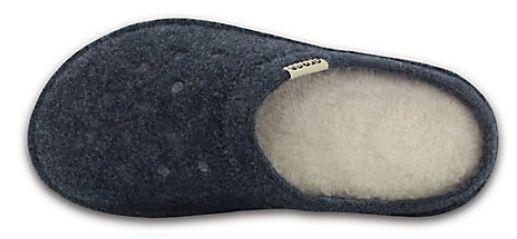 Crocs Classic Lined Slipper mit flauschig warm gefüttertem Fußbett für 23,99€(statt 28€)