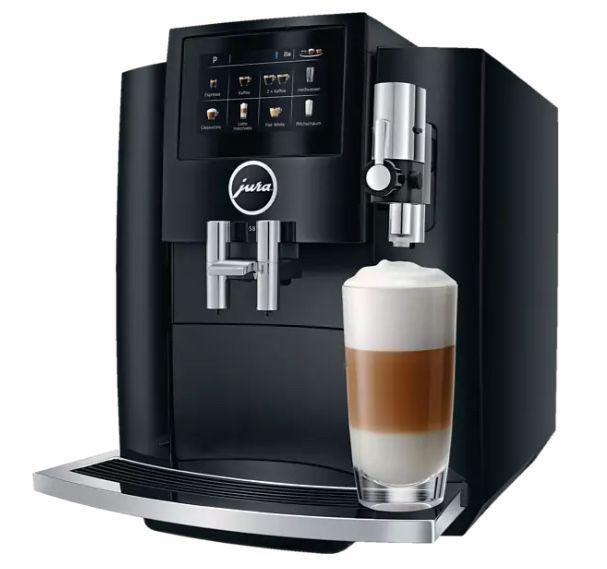 JURA S8 Kaffeevollautomat in Piano Black für 1.103,90€ (statt 1.239€)