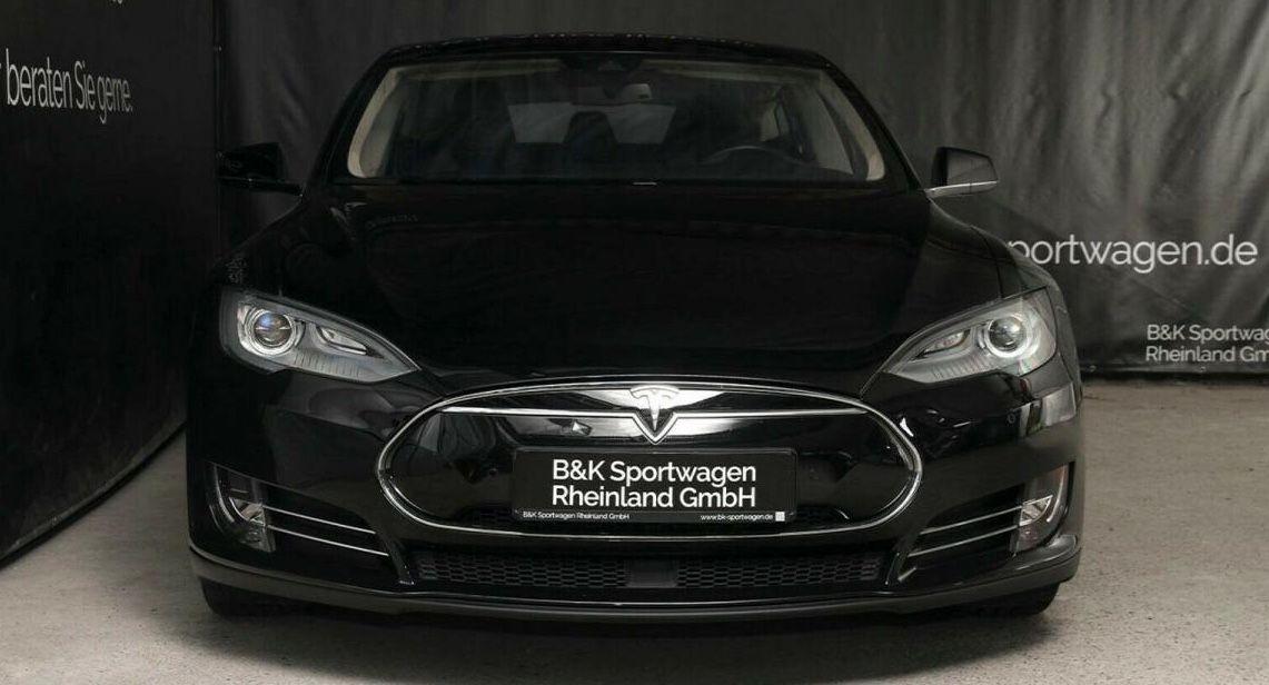 Sofort verfügbar: Tesla Model S P85D mit 700 PS inkl. Überführung + Haustürlieferung für 550€ mtl.