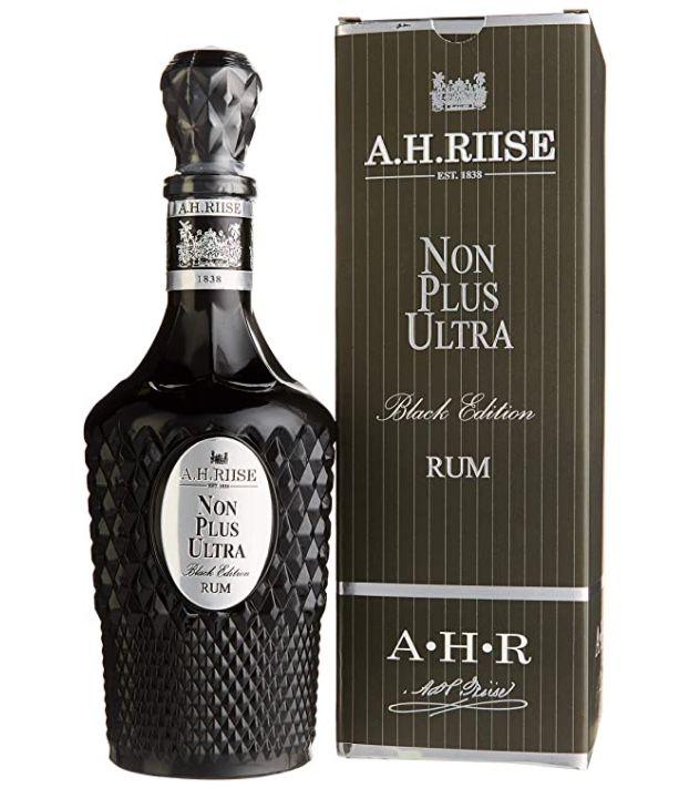 A.H. Riise Non Plus Ultra Rum Black Edition für 71,99€ (statt 91€)