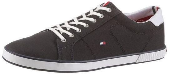 Tommy Hilfiger Arlow Sneaker mit seitlichem Logoflag für 34,58€ (statt 55€)