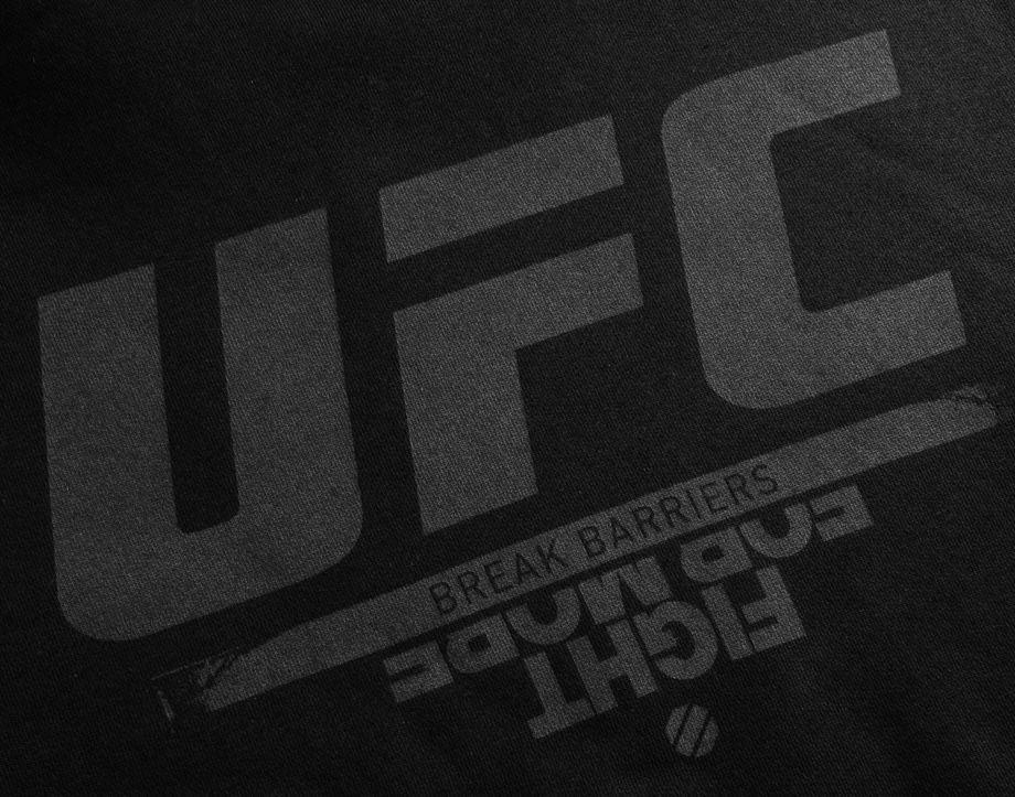 Reebok UFC Fan Gear Hoodie für 26,94€ (statt 61€)