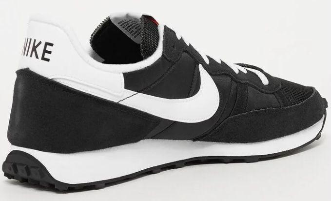 Nike Challenger OG Wildleder Sneaker in Schwarz für 47,40€ (statt 58€)