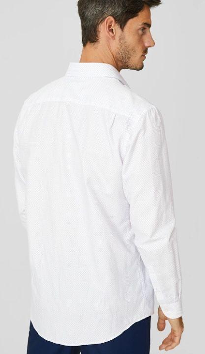 Weißes Businesshemd in Regular Fit mit Cutaway Kragen für 7,90€   M, L, XL