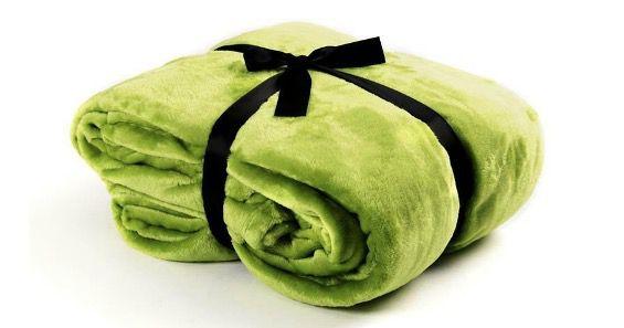 Kuschel Tagesdecke oder Bettüberwurf aus Flanell XL bis XXXL und div. Farben ab 9,95€(statt 20€)