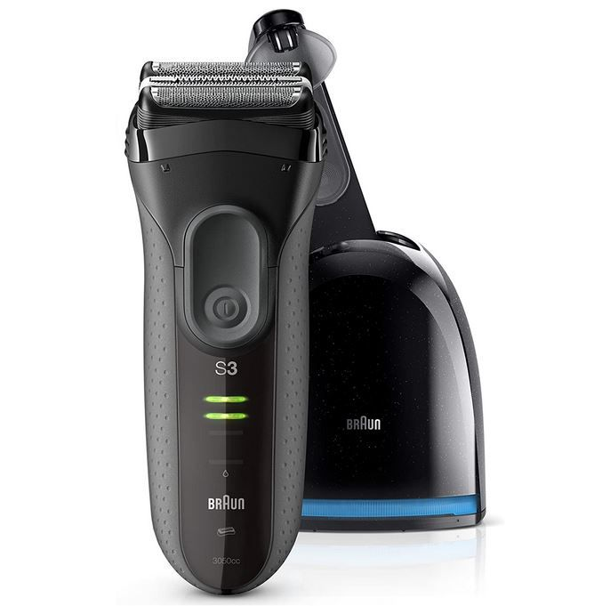 Braun Series 3-3050cc Akkurasierer mit Bartschneider + Reinigungsstation für 55,92€ (statt 75€)