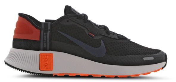 Nike Reposto Herren Sneaker in Schwarz Orange für 49,99€ (statt 69€)