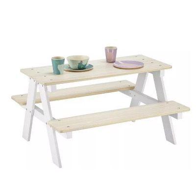 Kindertisch aus Kiefer in Weiß-Naturfarben für 52,77€ (statt 60€)