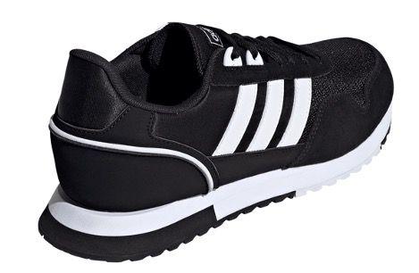 adidas 8K 2020 Herren Sneaker in Schwarz für 38,95€ (statt 52€)