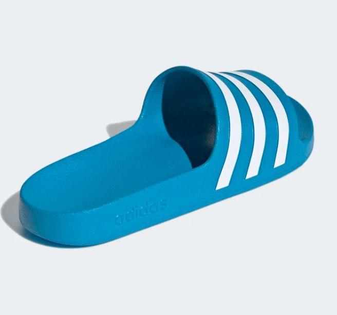 adidas Adilette Aqua Badelatsche in verschiedenen Farben ab 11,02€(statt 14€)