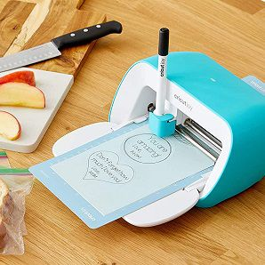 CRICUT Joy Plotter Portable für 169€ (statt 251€) + gratis CRICUT Mini Transferpresse