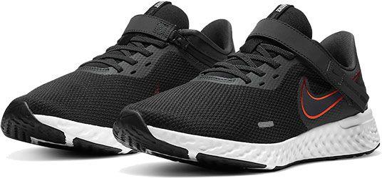 Nike Revolution 5 FlyEase Sneaker in 6 Farben für je 43,99€ (statt 55€)