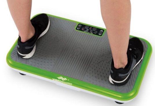 VibroShaper Vibrationsplatte mit 3 Intensitätsstufen inkl. Trainingsbändern ab 134,99€ (statt 170€)