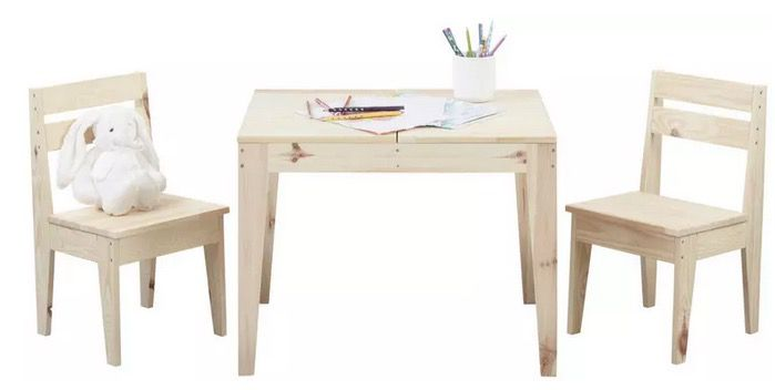 Modern Living Kindersitzgruppe aus Echtholz Kiefer Massiv für 40,88€ (statt 56€)