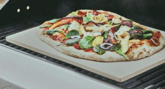 Burnhard Pizzastein für Backofen oder Grill aus Cordierit für 24,90€ (statt 38€)