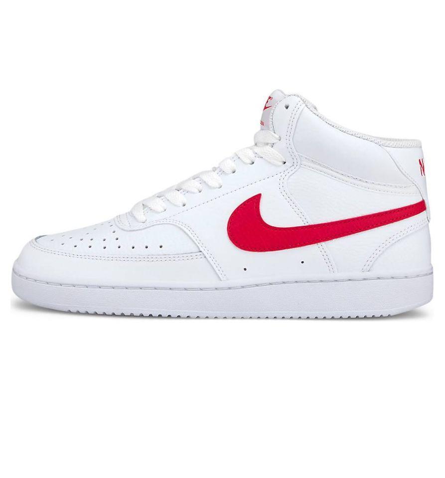 Nike Court Royale 2 Sneaker in Weiß mit rotem Logo für 41,41€
