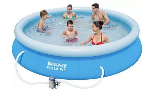 Bestway Pool Mitch in Blau 366cm inkl. Filterpumpe und Reperaturset für 61,88€ (statt 97€)