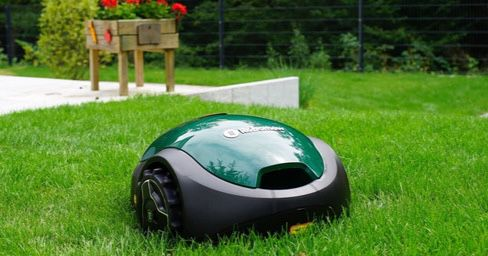 🔥 Robomow RX20U Mähroboter (bis 300 m²) für 302,94€ (statt 495€)