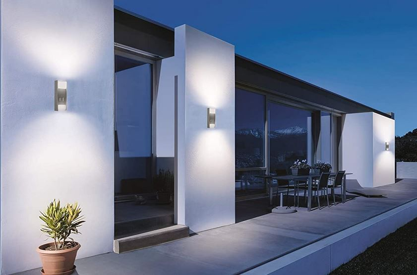 Steinel L 920 LED Up /Downlight Aussenleuchte mit Bewegungsmelder für 44€ (statt 70€)