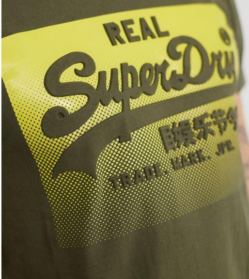 Superdry Herren Vintage Halftone Embossed T Shirt für 13,95€ (statt €23)
