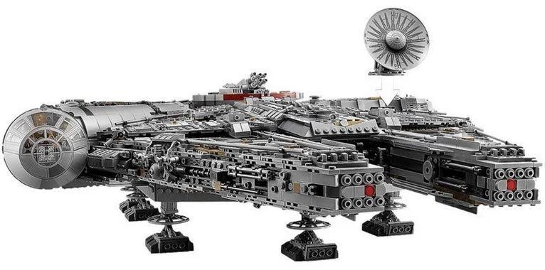 Lego Star Wars Millennium Falcon mit über 7.500 Teilen für 602,98€ (statt 708€)