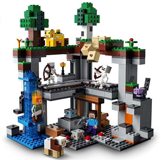 Lego Minecraft Das erste Abenteuer (21169) für 37,99€ (statt 48€)