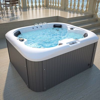 Home Deluxe Sea Star Outdoor Whirlpool für 2.734€ (statt 3.190€)