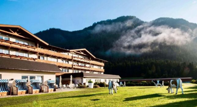 2 ÜN im 4* KUHOTEL by Rilano in den Kitzbüheler Alpen inkl. HP + Wellness ab 124€ p.P. + Frühbucher Rabatt möglich