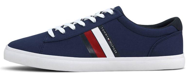 Tommy Hilfiger Essential Stripes Detail Sneaker in Blau für 39€ (statt 54€)   nur 41, 42, 43