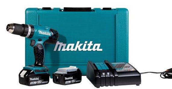 Makita Akku Schlagbohrschrauber DHP453 inkl. 2x 3Ah Akku, Ladegerät und Transportkoffer für 152,99€ (statt 173€)