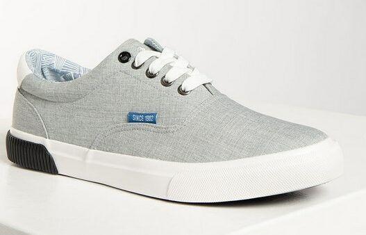 Chiemsee Sneaker in Blau & Grau für 32€ (statt 50€)