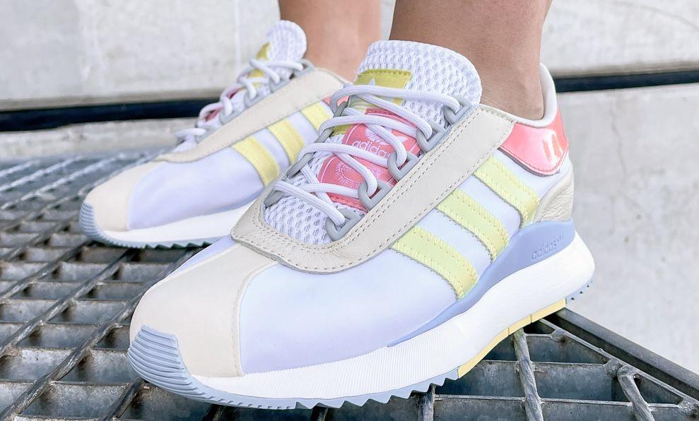 adidas SL Andridge Damen Sneakern in Cloud White Yellow für 45,36€ (statt 61€)