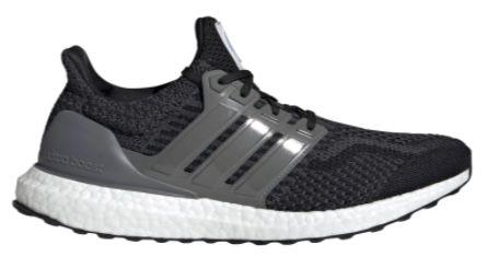 adidas Ultra Boost 5.0 DNA Sneaker in Schwarz/Metallic Carbon für 79,99€ (statt 131€)