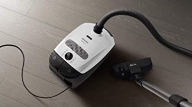 Miele Classic C1 PowerLine Bodenstaubsauger mit Beutel für 129,99€ (statt 169€)