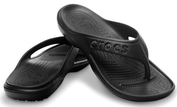 Restgrößen: Crocs Baya Flip Zehentrenner in Schwarz für 13€ (statt 26€)
