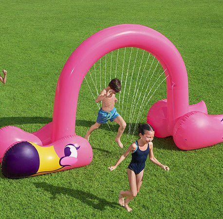 Bestway Jumbo Flamingo Wassersprinkler (3,40 x 1,93m) für 28,94€ (statt 39€)
