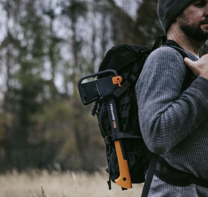 FISKARS X10 S 44cm Universalaxt mit Schutzgriff für 22,49€ (statt 40€)