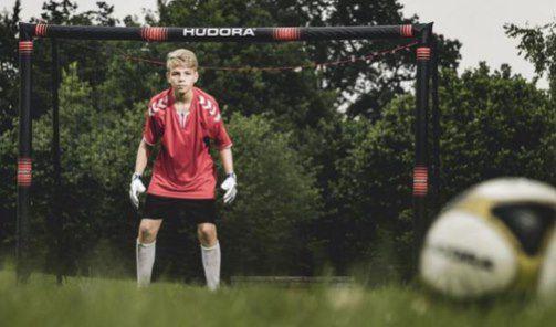 Hudora Fußballtor Pro Tect 240 für 81,98€ (statt 91€)