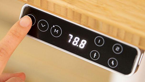 FlexiSpot E8 höhenverstellbares Schreibtischgestell bis 125kg inkl. 4 Memory Speicherplätze für 319,99€ (statt 450€)