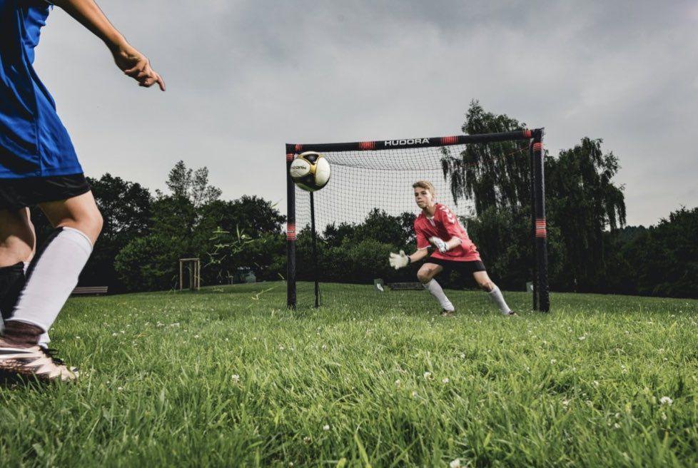 HUDORA Fußballtor Pro Tect 300 aus Stahl für 94,94€ (statt 107€)