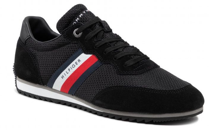 Tommy Hilfiger Essential Runner Sneaker in Schwarz für 59€ (statt 70€)