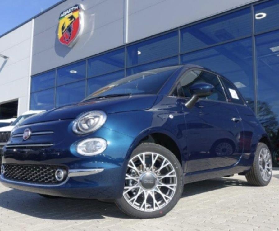 Fiat 500C Cabrio Dolcevita MY 21 1.0 GSE Hybrid, Apple/ Android Auto mit 69PS für 89€ mtl. – LF: 0,45