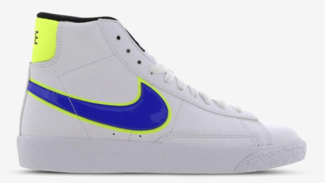 Nike Blazer Mid 77 Kinder Sneaker in versch. Farben für 39,99€ (statt 56€)